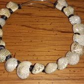 (205) Memory Wire Natural Shell Adjustable Bracelet