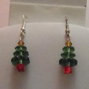 (40) Christmas_Tree_Earrings